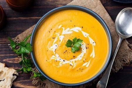 Cách chế biến súp bí đỏ thơm ngon anh chị em đều ưa thích.